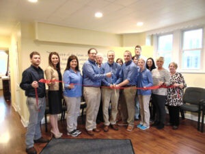 Batesville Chiropractic and Rehab ribbon cutting photo