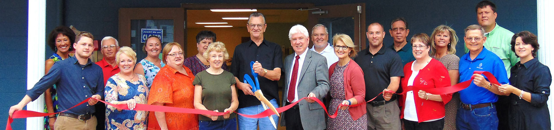 Batesville Food Pantry ribbon cutting